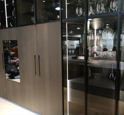 feria valencia vitrinas aluminio negro